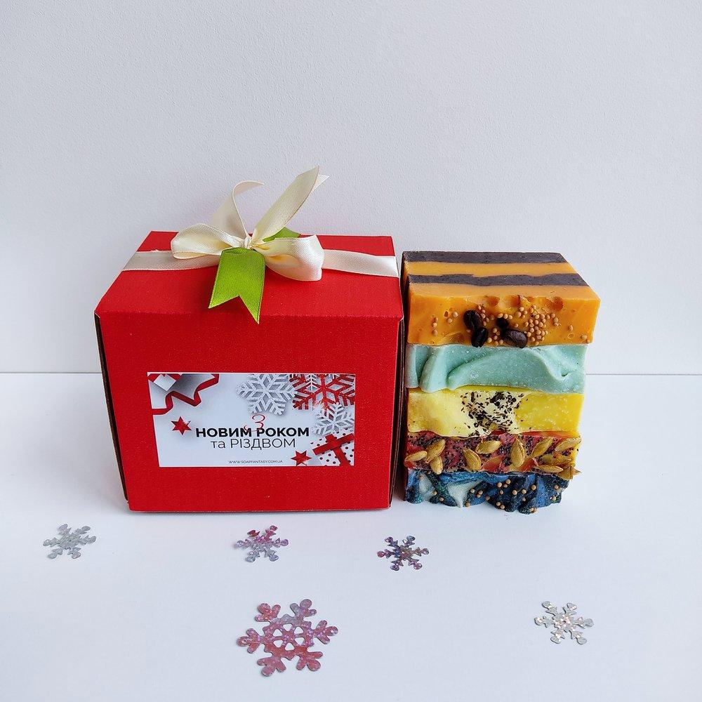 """Подарочный набор с мылом (5 шт)  """"Санта в мыле"""""""