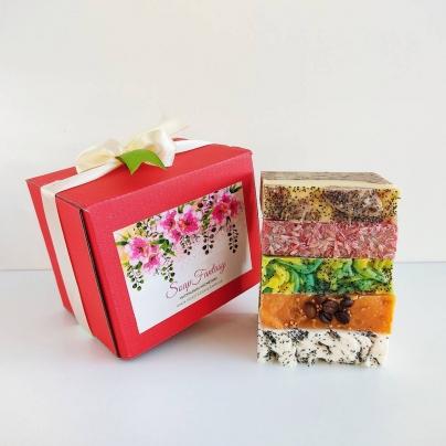 """Подарочный набор с мылом (5 шт)  """"Flowers"""""""